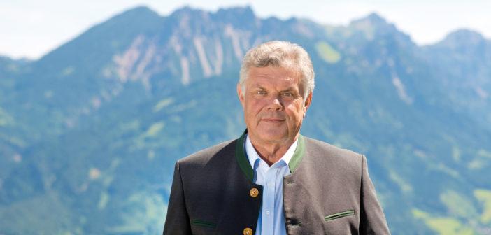 Mandi Katzenmayer